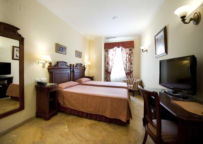 Le camere standard di Hotel Sevilla
