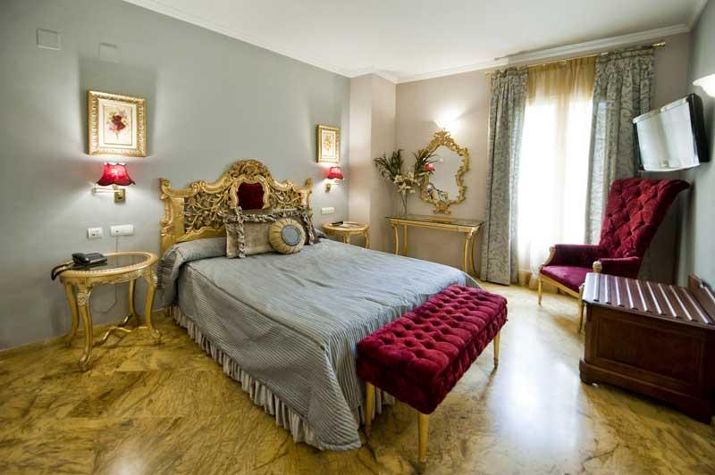 Наш отель в центре Севильи