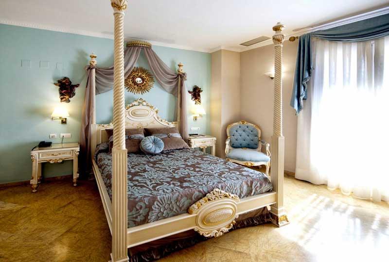 Sevilla Center Zimmer