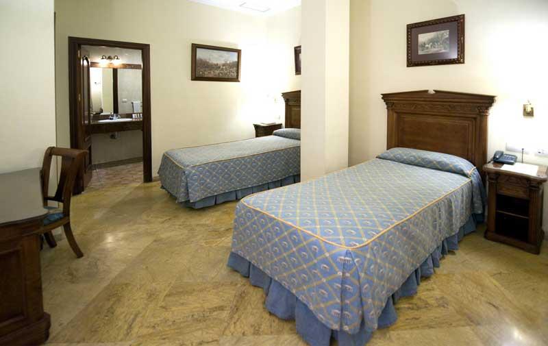 Standard Camere di hotel su Siviglia