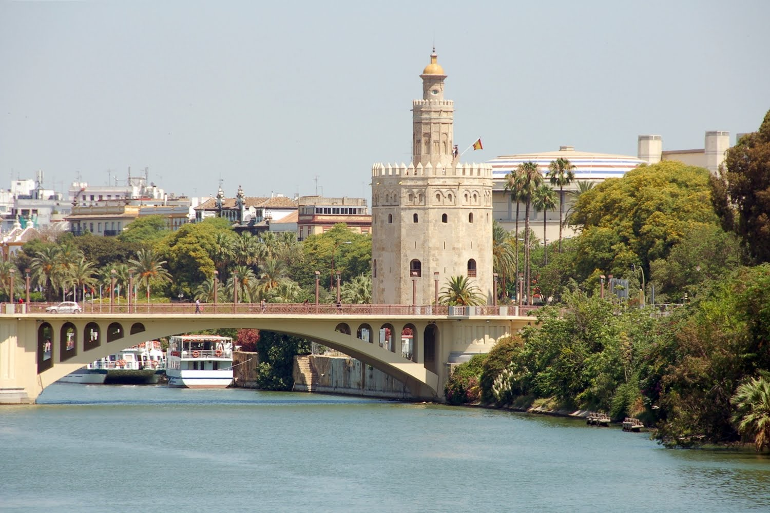 Visits To The Torre Del Oro