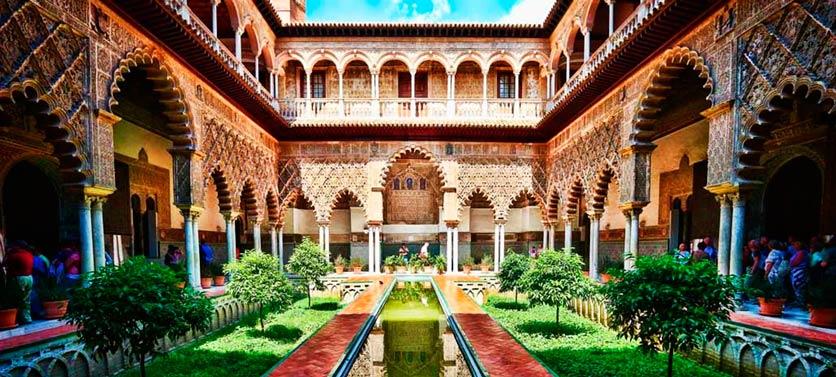 Geschichte des königlichen Alcazar von Sevilla