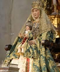Prozession der  Virgen de los Reyes