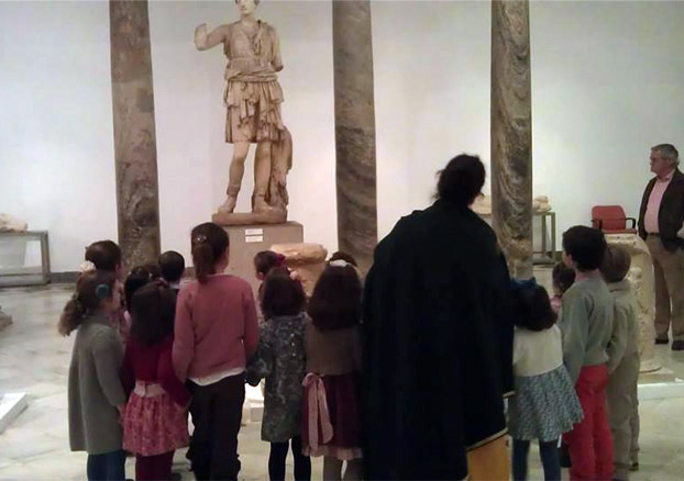 Calendar of workshops for families of the Archaeological Museum of Seville