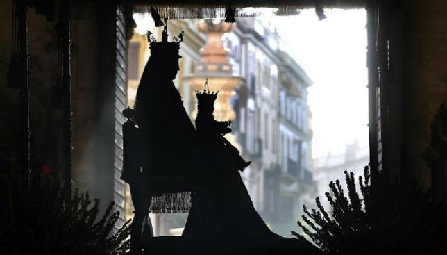 Procession Vierge de los Reyes à Séville 2017